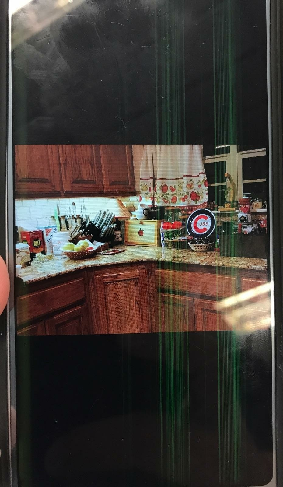 LG G6 colored lines fade in and out/screen is dim