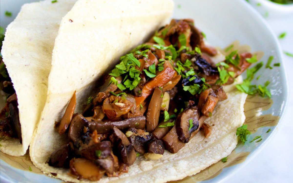 Mushroom-and-Garlic-Tacos.jpg
